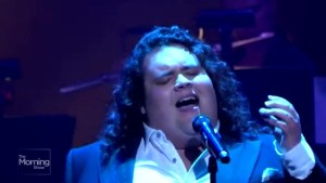 Jonathan Antoine brings his voice to Canada
